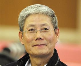 华润集团董事长傅育宁:线上线下商业应公平监管